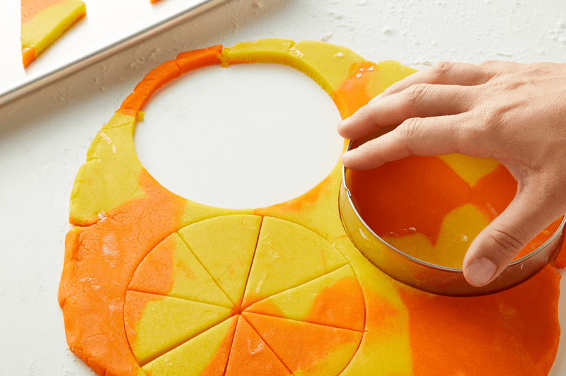 How to make marbled fondant