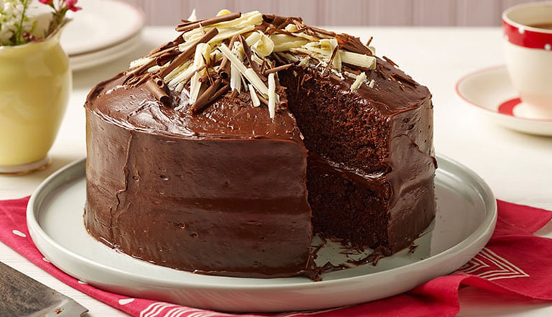 Chocolate Fudge Cake Recipe Easy Recipes Betty Crocker Uk