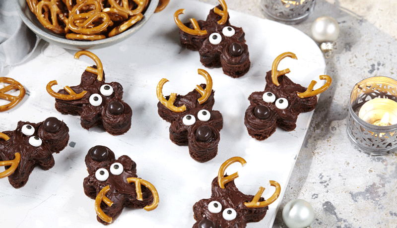 Easy Frosted Reindeer Brownies