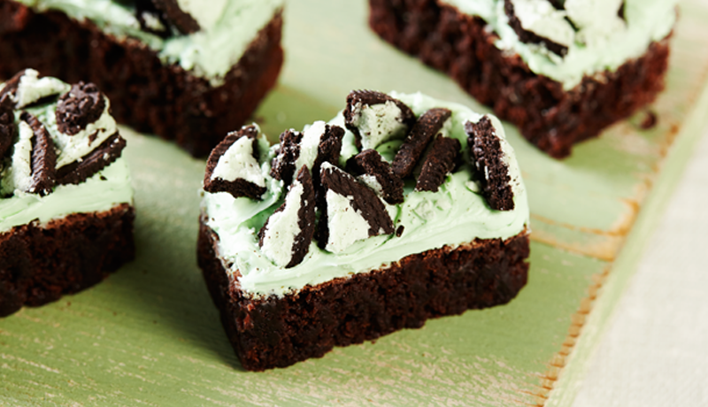 Mint and Chocolate Fudge Brownie Bars