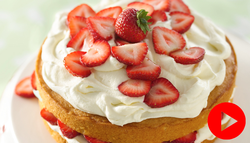 Strawberry & Cream Cake