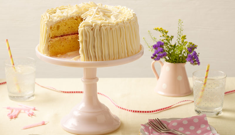 White Chocolate Victoria Sponge Baking Recipes Betty Crocker Uk